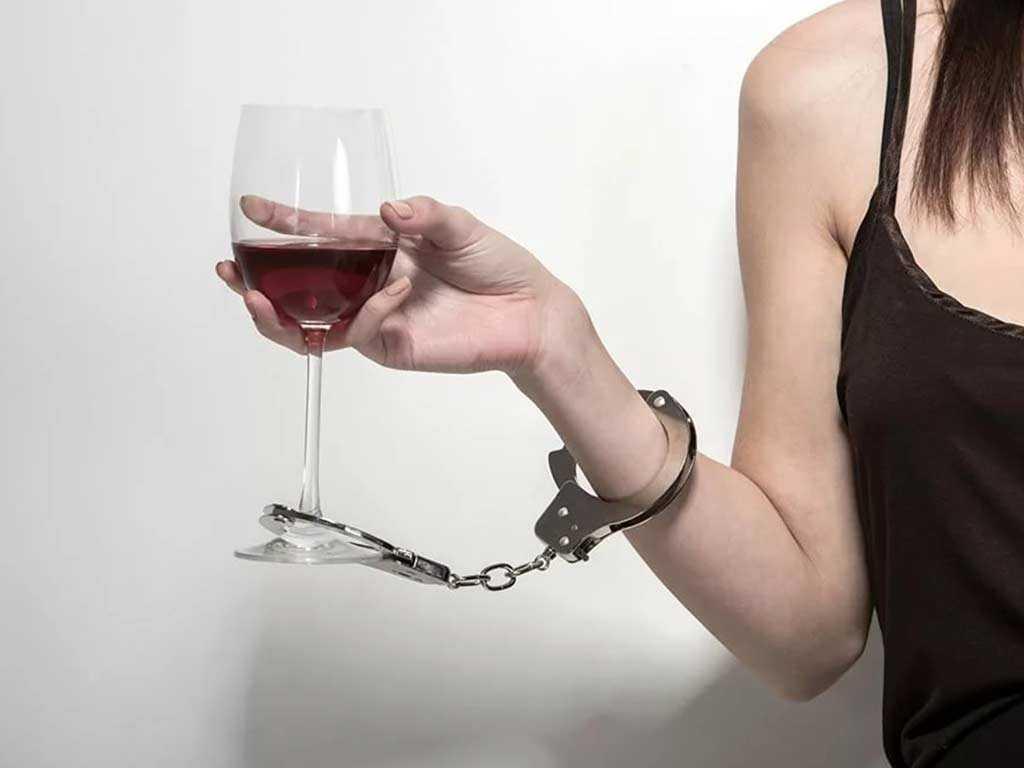 Последствия Алкоголя на Женский Организм